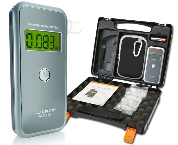 AlcoMate AlcoMate Premium Breathalyzer